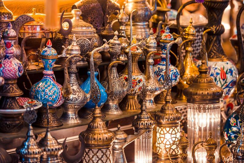 istanbul-grand-bazaar-turkish-ceramic-copper-jars-sale-turkey-48768126